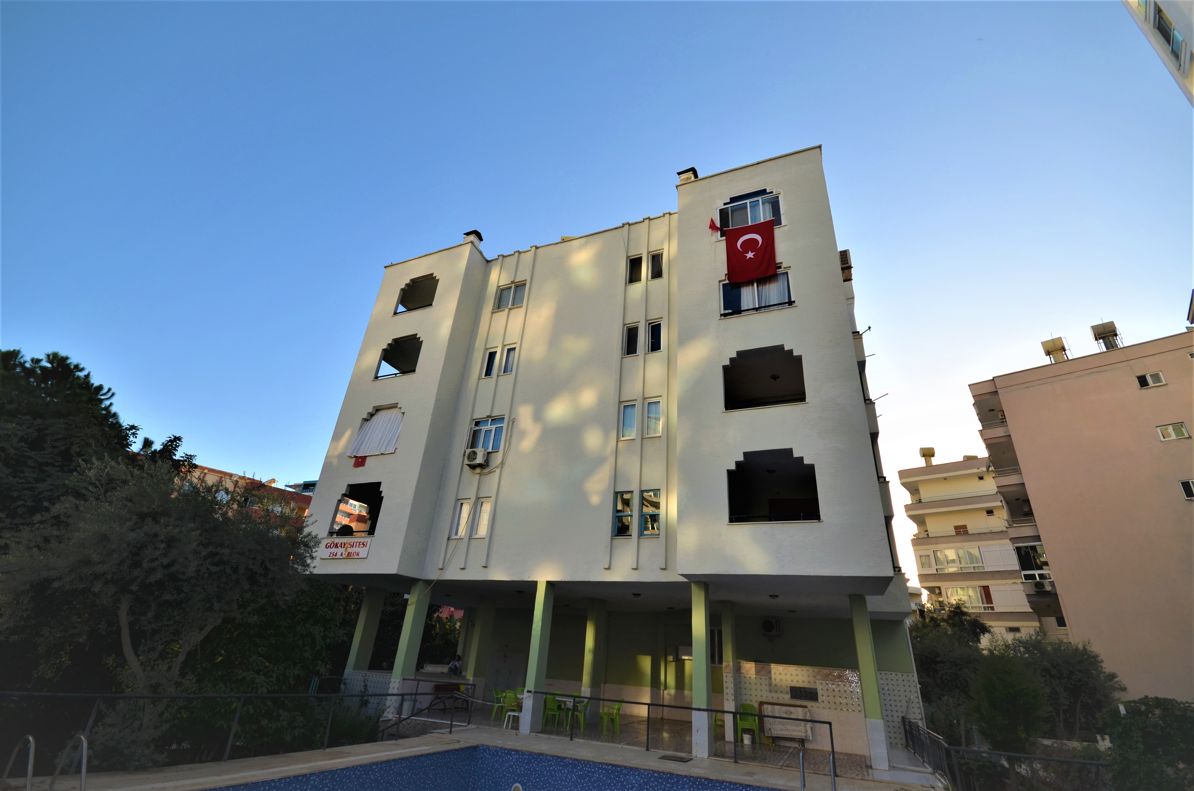 2+1 APARTMENT FOR SALE İN MAHMUTLAR